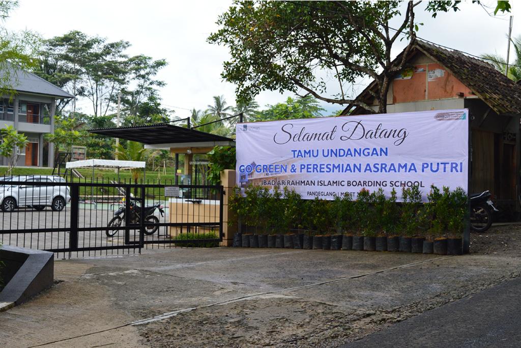Go Green & Peresmian Gedung Asrama Putri