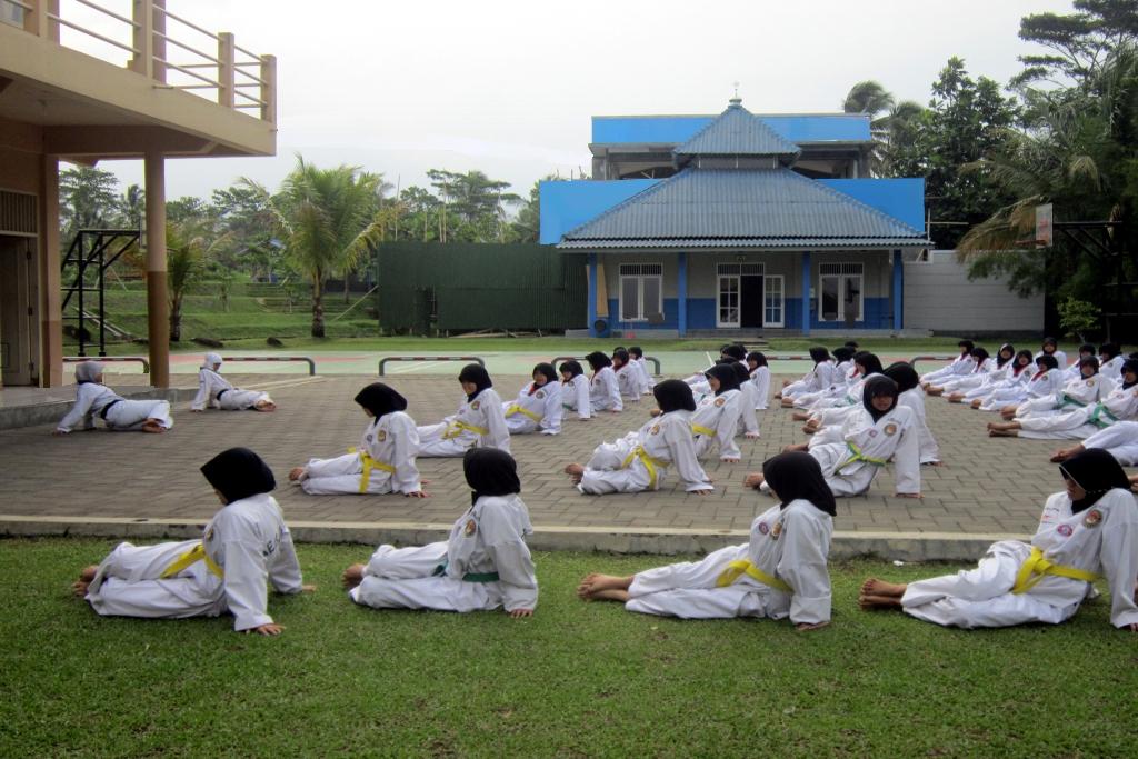 Latihan Taekwondo Putri