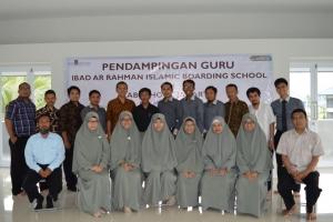 Pendampingan Guru Ibad Ar Rahman Islamic Boarding School Dari Labschool Jakarta