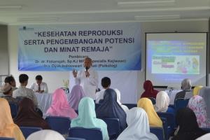 Seminar: Kesehatan Reproduksi serta Pengembangan Potensi dan Minat Remaja