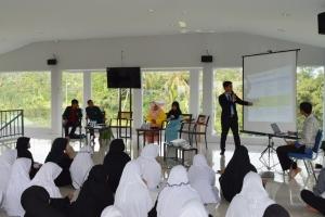 Seminar Motivasi : Strategi Belajar Efektif & Pengenalan Dunia Kampus