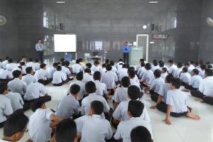 Training Motivasi Guru dan Siswa